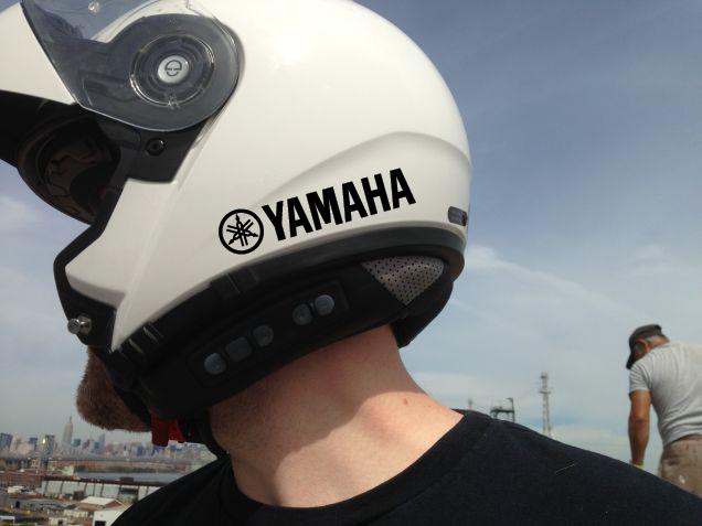casco-yamaha